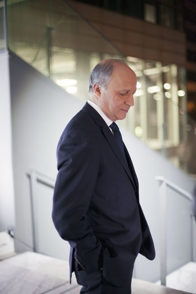 http://bg-database.fr/files/gimgs/th-5_Laurent_Fabius.jpg